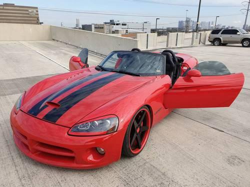 2004 Dodge Viper - Custom